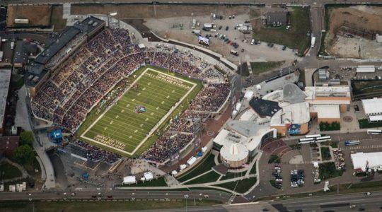 Pro Football Hall Of Fame Debuts Tom Benson Hall Of Fame Stadium